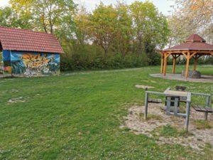 Spiel und Freizeitanlage Grill